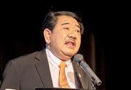 山中本学栄誉教授 2012年ノーベル生理学・医学賞受賞記念銘板